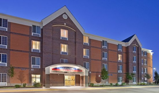 Candlewood Suites: Exterior