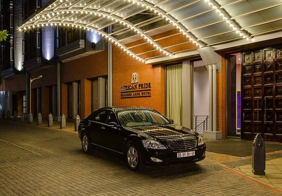 African Pride Melrose Arch Hotel: Exterior