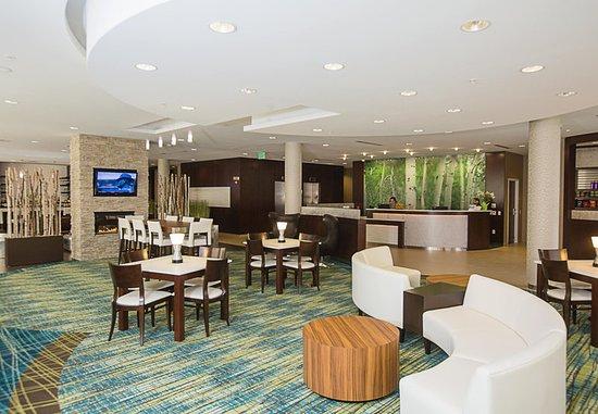 springhill suites bloomington 98 1 0 7 updated. Black Bedroom Furniture Sets. Home Design Ideas