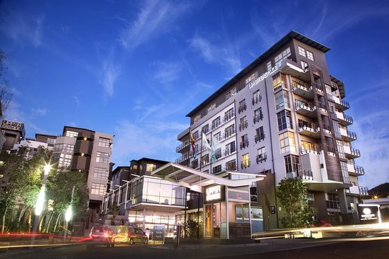 DoubleTree by Hilton Cape Town - Upper Eastside: Exterior