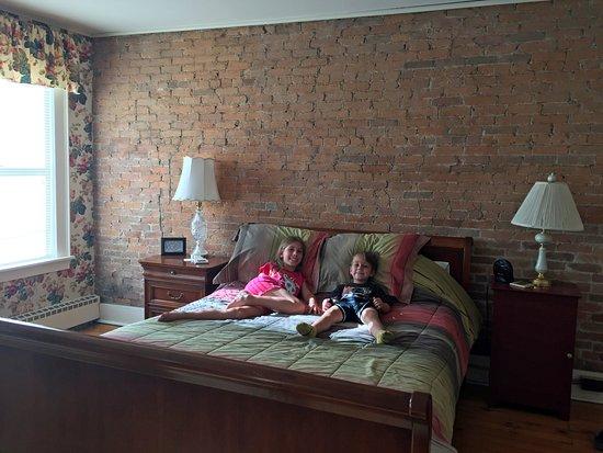 Little Falls, Estado de Nueva York: Boucase Studo bedroom with Queen