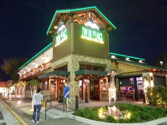 Twin Peaks Restaurants 20180225 185924 Large Jpg