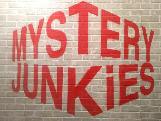 Mystery Junkies Bel Road