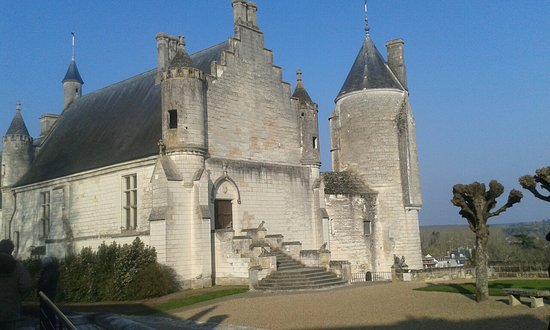 Royal City of Loches: 20180224_161735_large.jpg