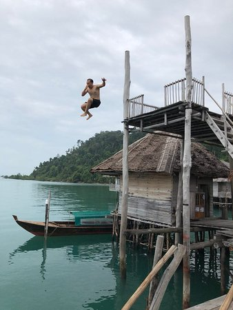 Telunas Beach Resort: Take a leap, enjoy the nature and beauty of this resort