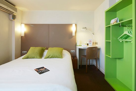 campanile dijon est saint apollinaire hotel saint apollinaire france voir les tarifs et. Black Bedroom Furniture Sets. Home Design Ideas