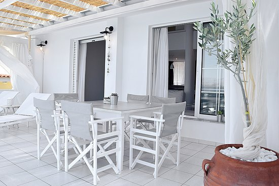 Meli Apartments Villas Balcony In Two Bedroom Loft Apartment And