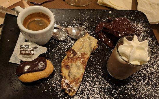 Ecaussinnes, Βέλγιο: Café gourmand