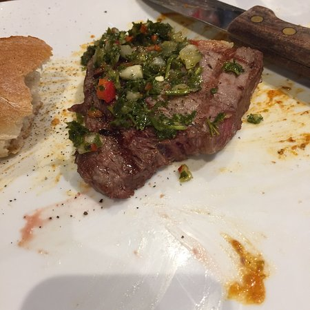 Casa do Brasil: Delicious rybie steak cooked as I requested Rear