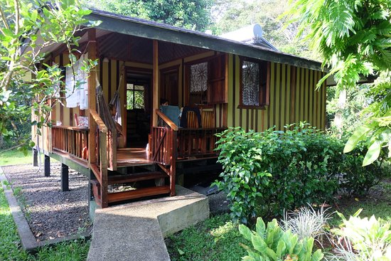 Coco Loco Lodge: Large bungallow with kitchen