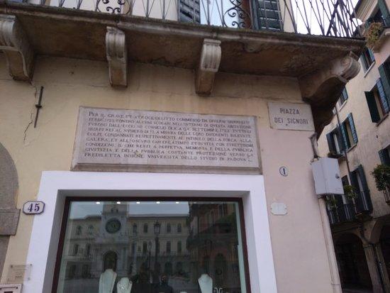 Piazza dei Signori: P_20180225_140319_large.jpg