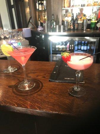 Stone, UK: Birthday cocktails