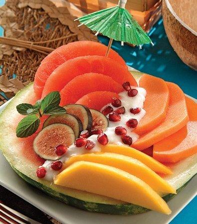Hotel Aloha: Frutas frescas todos los dias y desayunos buffet