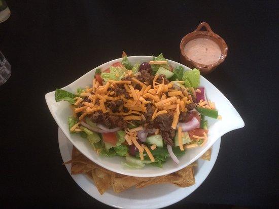 Powassan, แคนาดา: Taco Salad