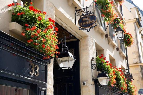 Hotel d'Aubusson: Façade principale Hôtel d'Aubusson Paris