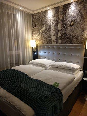 camera da letto - Bild von Holiday Inn Berlin Centre Alexanderplatz ...