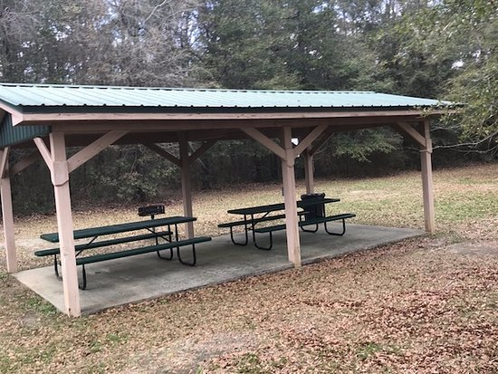 DeFuniak Springs, FL: picnic shelter