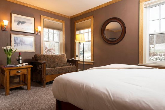 Chittenden, VT: A Luxury Lodge Room at Mountain Top Resort