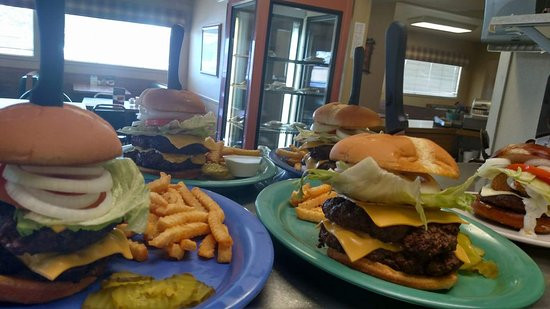 Emmetsburg, IA: Serving hand pattied burgers