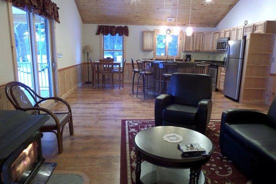 Stony Creek, NY: 2 Bedroom chalet (The Bear).