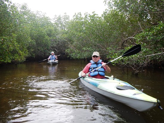 Gulf Coast Kayak: Not too bad for a couple of beginners!