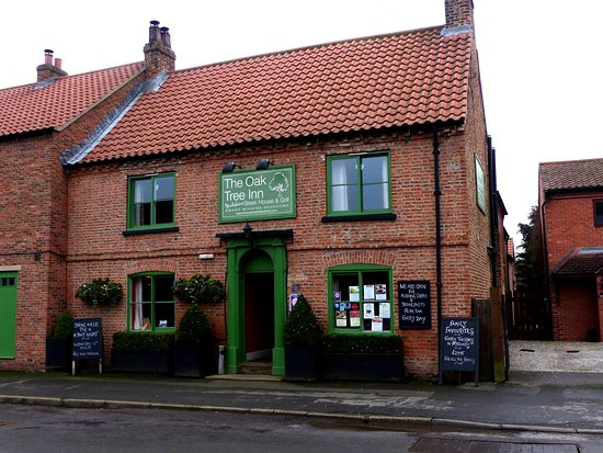 Helperby, UK: The pub exterior