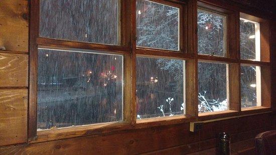 Saddle River, NJ: Snow outside while having dinner