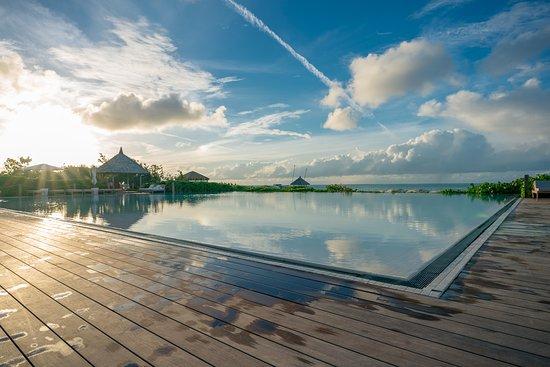 COMO Parrot Cay, Turks and Caicos: Main hotel pool.