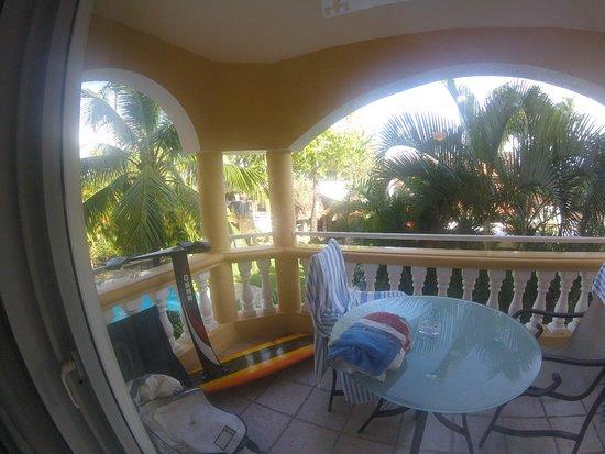 Hotel Villa Taina: Balcony facing north