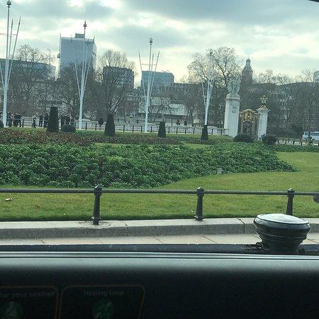 Queen Victoria Memorial: photo5.jpg