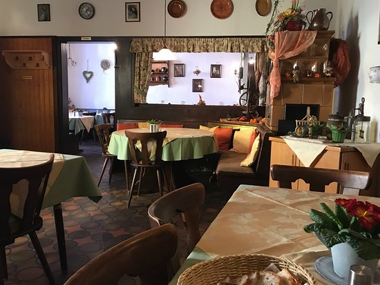 Endingen am Kaiserstuhl, Alemania: Gastraum