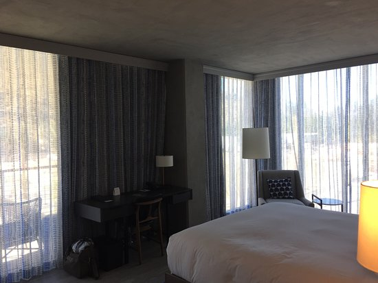 King Spa Room Picture Of Kimpton Rowan Palm Springs