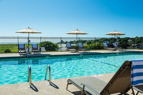 The Vista: New, larger heated pool with beautiful ocean views.