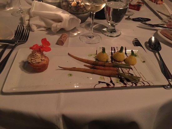 Notre-Dame-du-Portage, كندا: Mousse de foie gras (extra $)