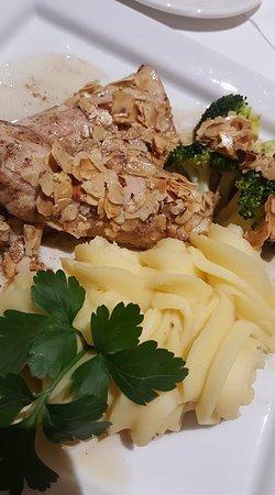 Gasthof zum Schützen: Local Trout with mashed potato