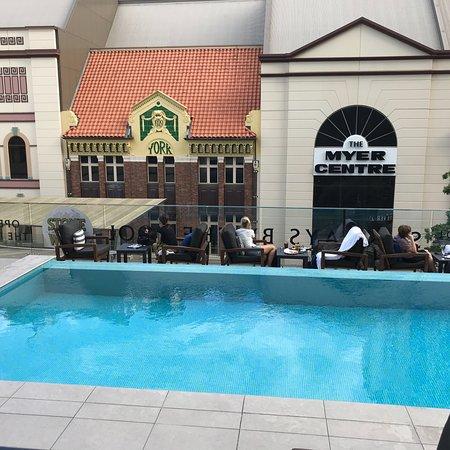 The pool terrace bar brisbane restaurant reviews for Pool show brisbane