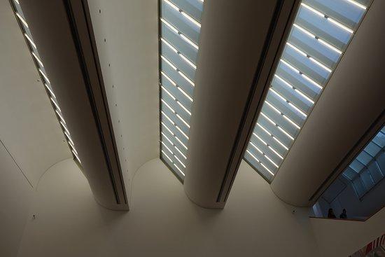Museum Ludwig : inside