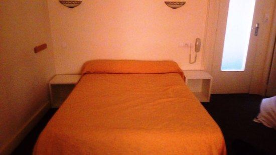 h tel au chapon fin poitiers france voir les tarifs et 38 avis. Black Bedroom Furniture Sets. Home Design Ideas