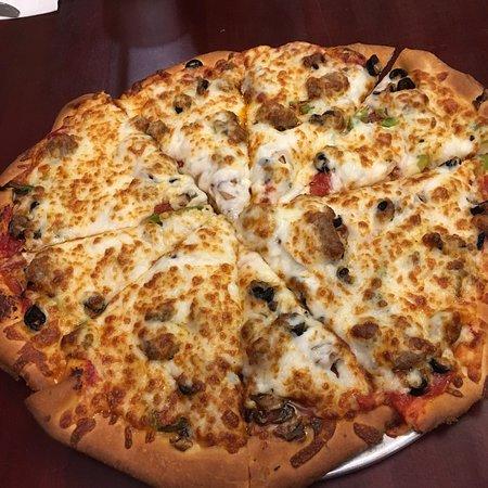 La Bella Pizza Garden Cafe & Games