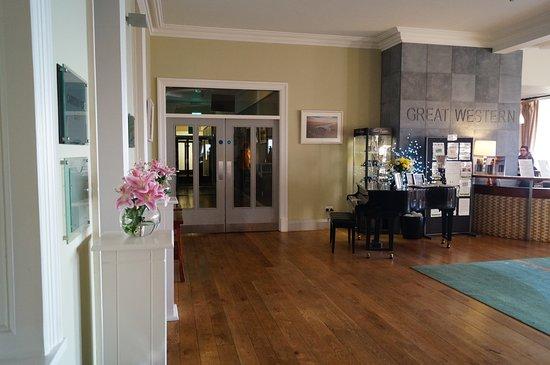 Mulranny Park Hotel: Reception area 2