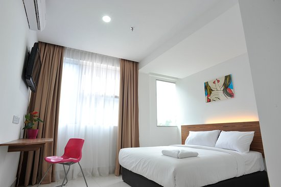 V Hotel Photo