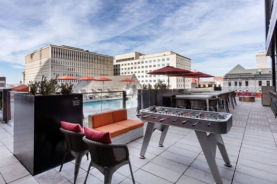 Best Hotels In Nashville With Pool
