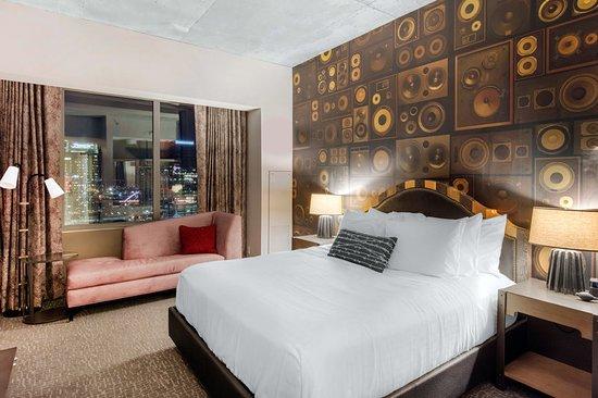 Hotel Rooms Close To Bridgestone Arena Nashville Tn