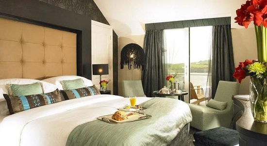 Inchydoney Island Lodge & Spa: Guest room
