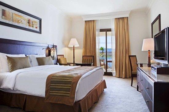 Hilton Luxor Resort & Spa: Guest room