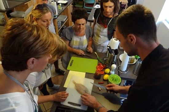 3-Hour Zagreb Cooking Class with...