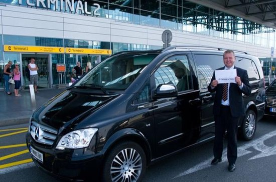 Private One Way Transfer From Kusadasi to  Izmir Airport