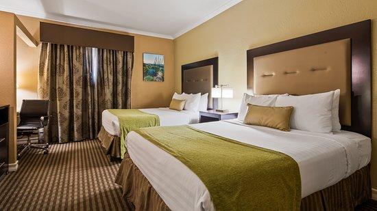 Best Western Royal Sun Inn U0026 Suites: Jacuzzi Suite Two Queens   Bedroom