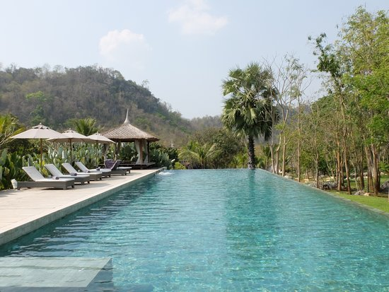 salt-water swimming pool - Picture of The Series Resort ...