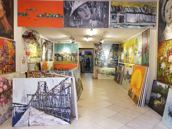 D&C Gallery